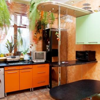 Кухня:бытовая техника,посуда